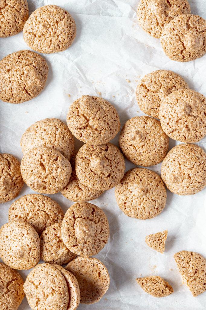 Italian crispy amaretti biscuits
