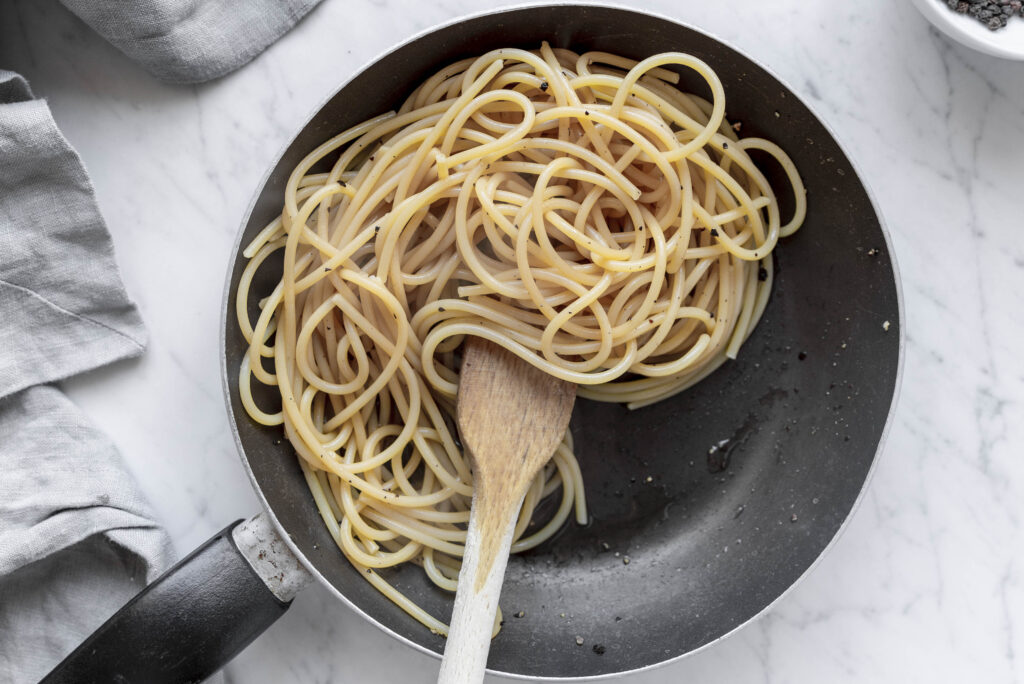 pasta with pepper