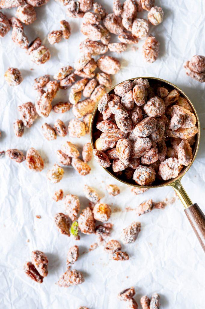 Crunchy caramelized peanuts