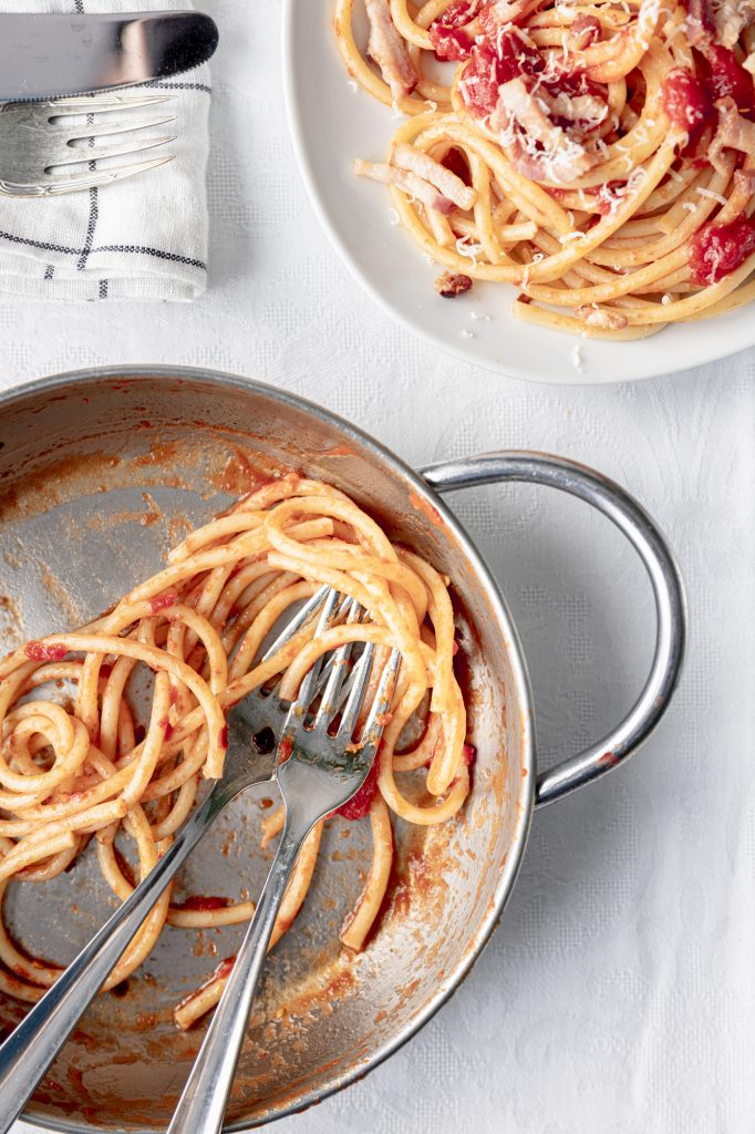 "The genuine recipe for the perfect ""bucatini all'amatriciana"""