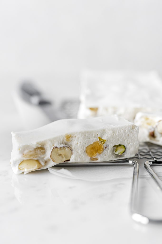 The recipe of the most toothsome and softest torrone (Italian nougat)