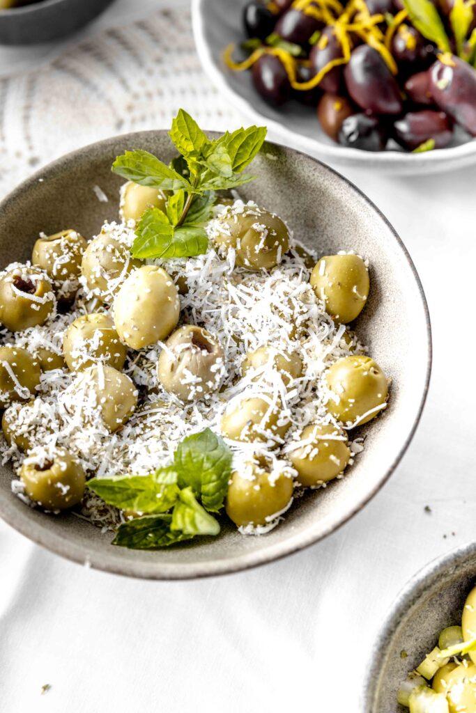 olive con pecorino e menta