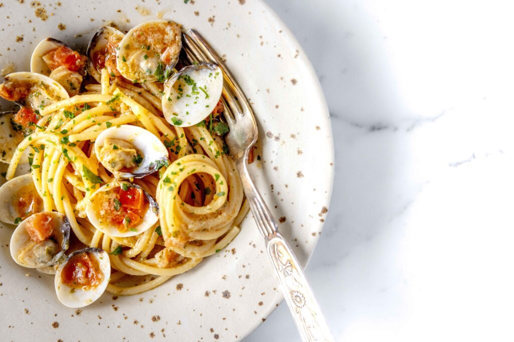 spaghetti clams italian