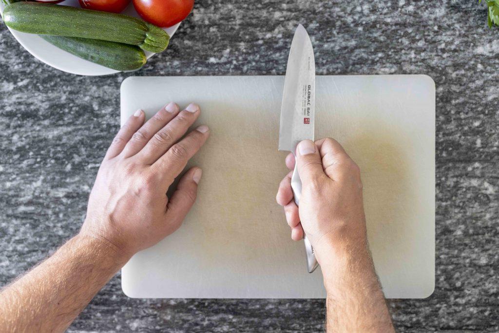 washing knives